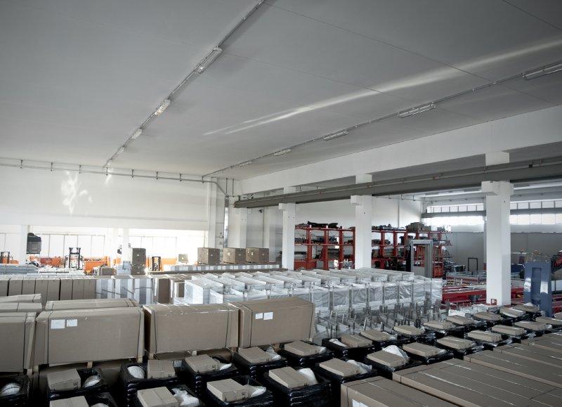 Dettaglio su deposito merci Ferri System