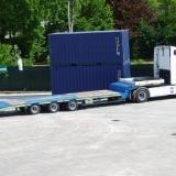 Mezzo di trasporto per container
