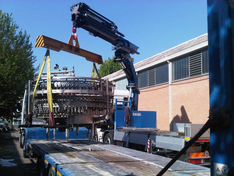 Impianto industriale in sollevamento