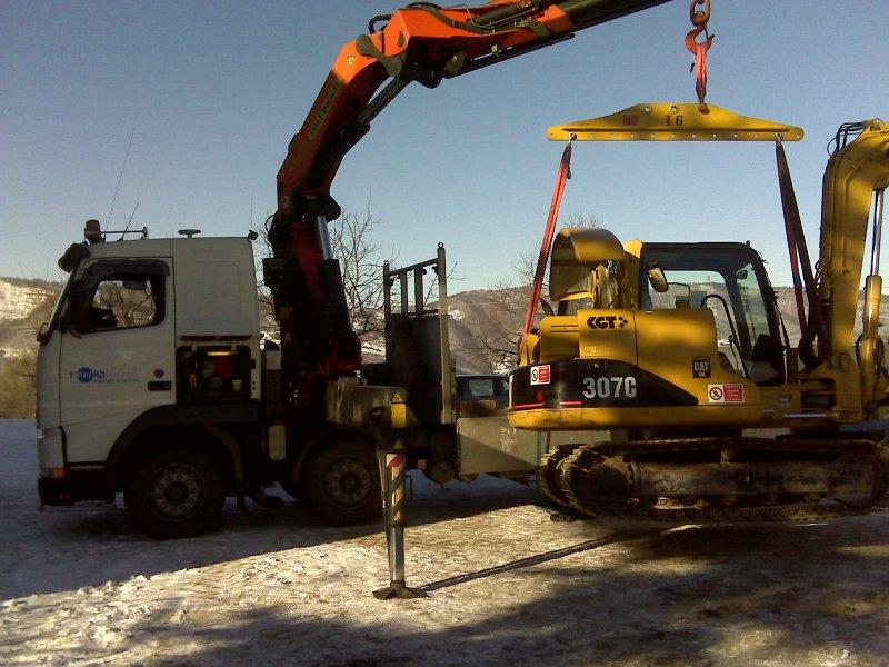 camion gru per macchine operatrici