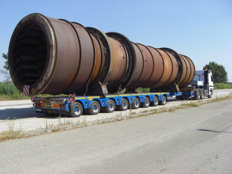 camion per trasporto impianti
